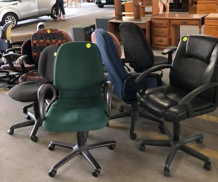 chairs for sale at Rummage RAMPage